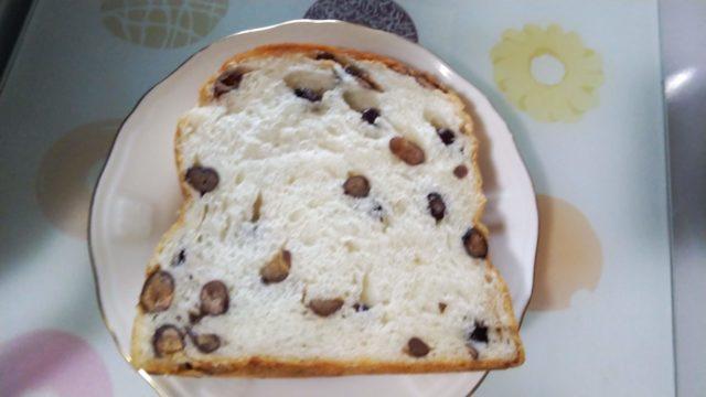 スライスしたあずきパン
