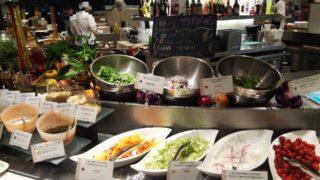 数種類の野菜サラダ