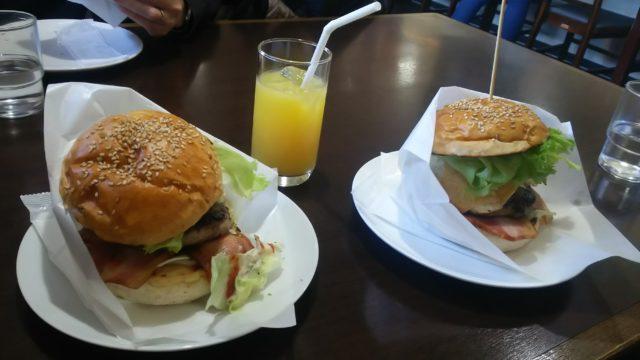 ハンバーガー2種類