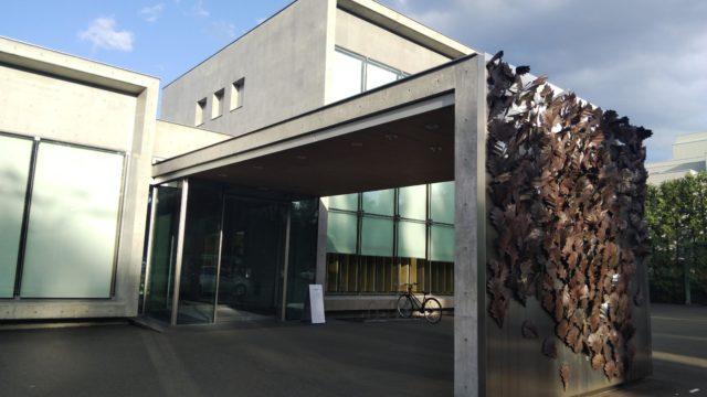 六花亭真駒内店の外観