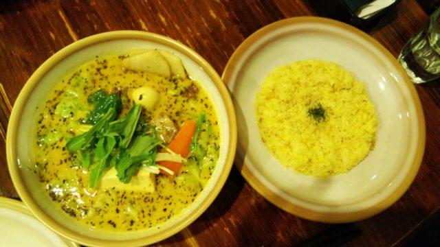牛スジ豆腐カリー
