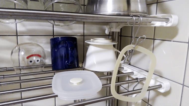 キッチンで洗ったフタとパッキン