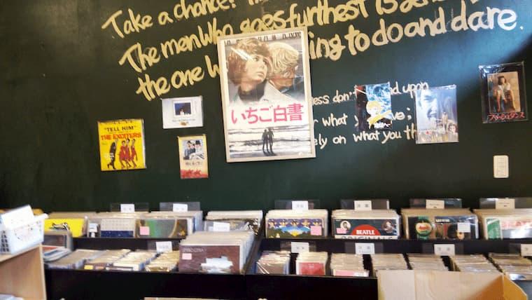 レコード売り場