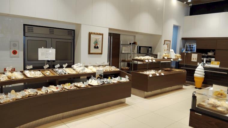ロイズ厚別西店のパンコーナー