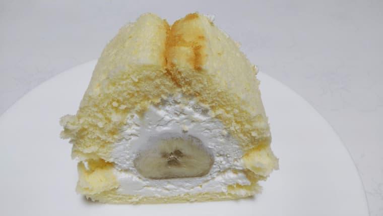 スライスしたバナナケーキ