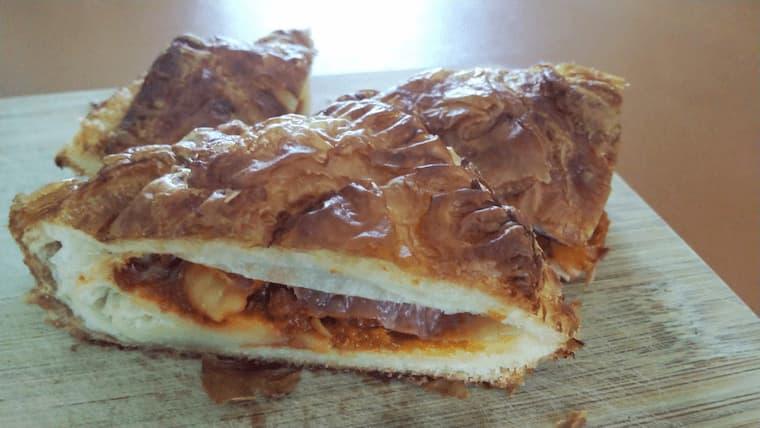 三種のチーズのミートパイ