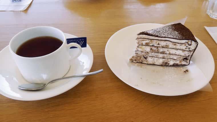 紅茶とミルクレープショコラ